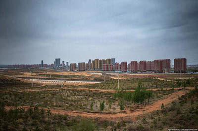 Traveling on the largest ghost town in China
