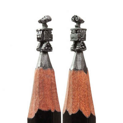 12 sculptures on the tip of a pencil