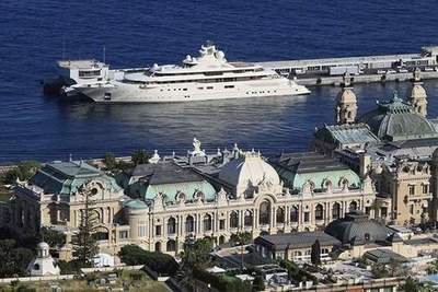 Navy billionaires - what yacht participants Forbes list