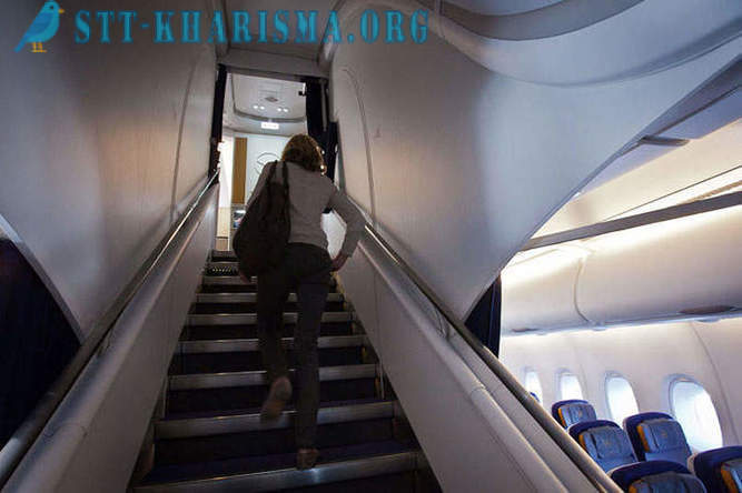 Flying the new giant Airbus A380 aircraft
